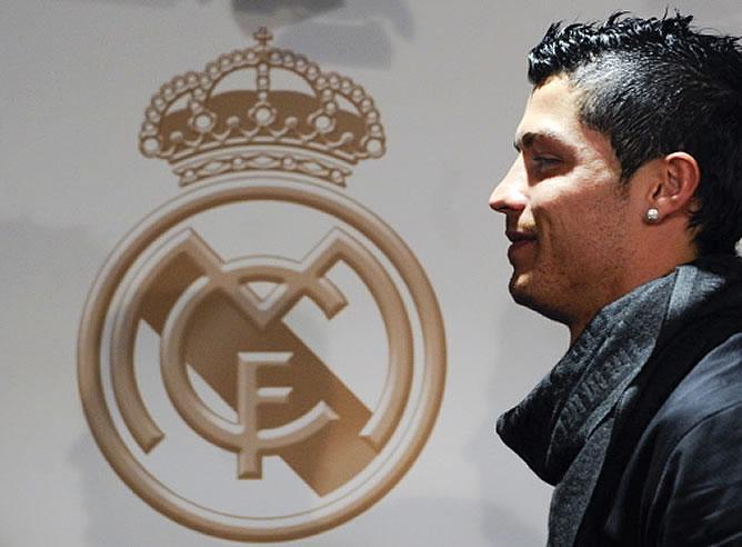 """Cristiano Ronaldo: """"Estoy extremadamente feliz, …. en el Real Madrid"""""""