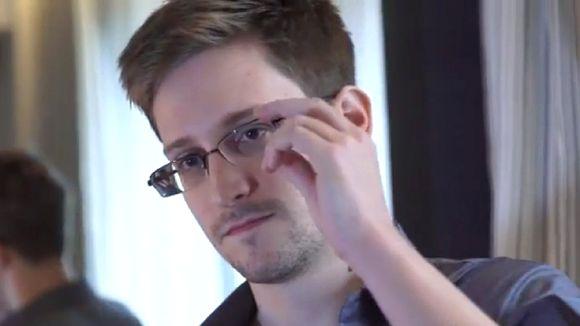 Edward Snowden gana premio por 'decir la verdad' en EE.UU.
